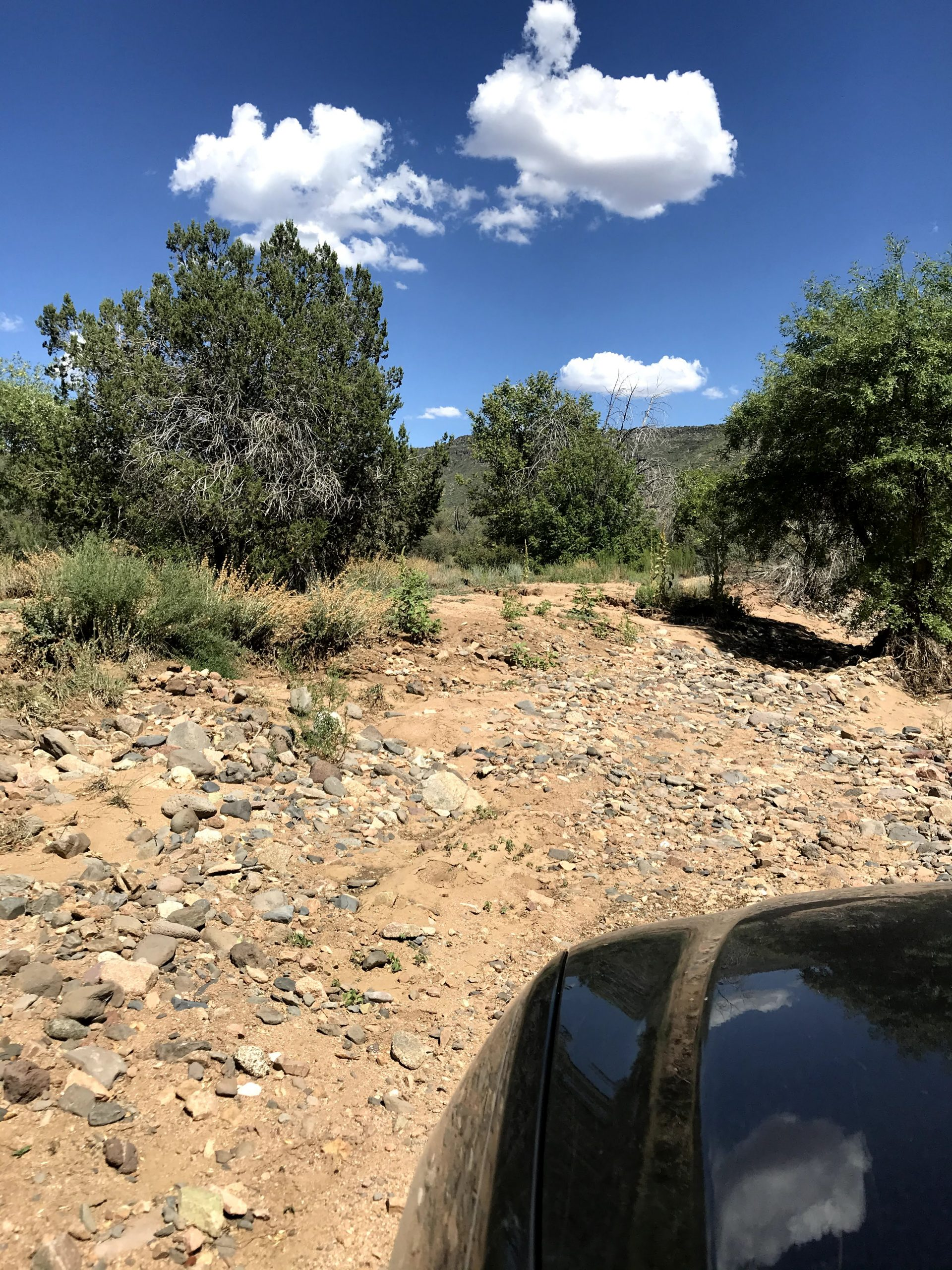 Forest Road 44 Off-Road Drive easy part of the wash