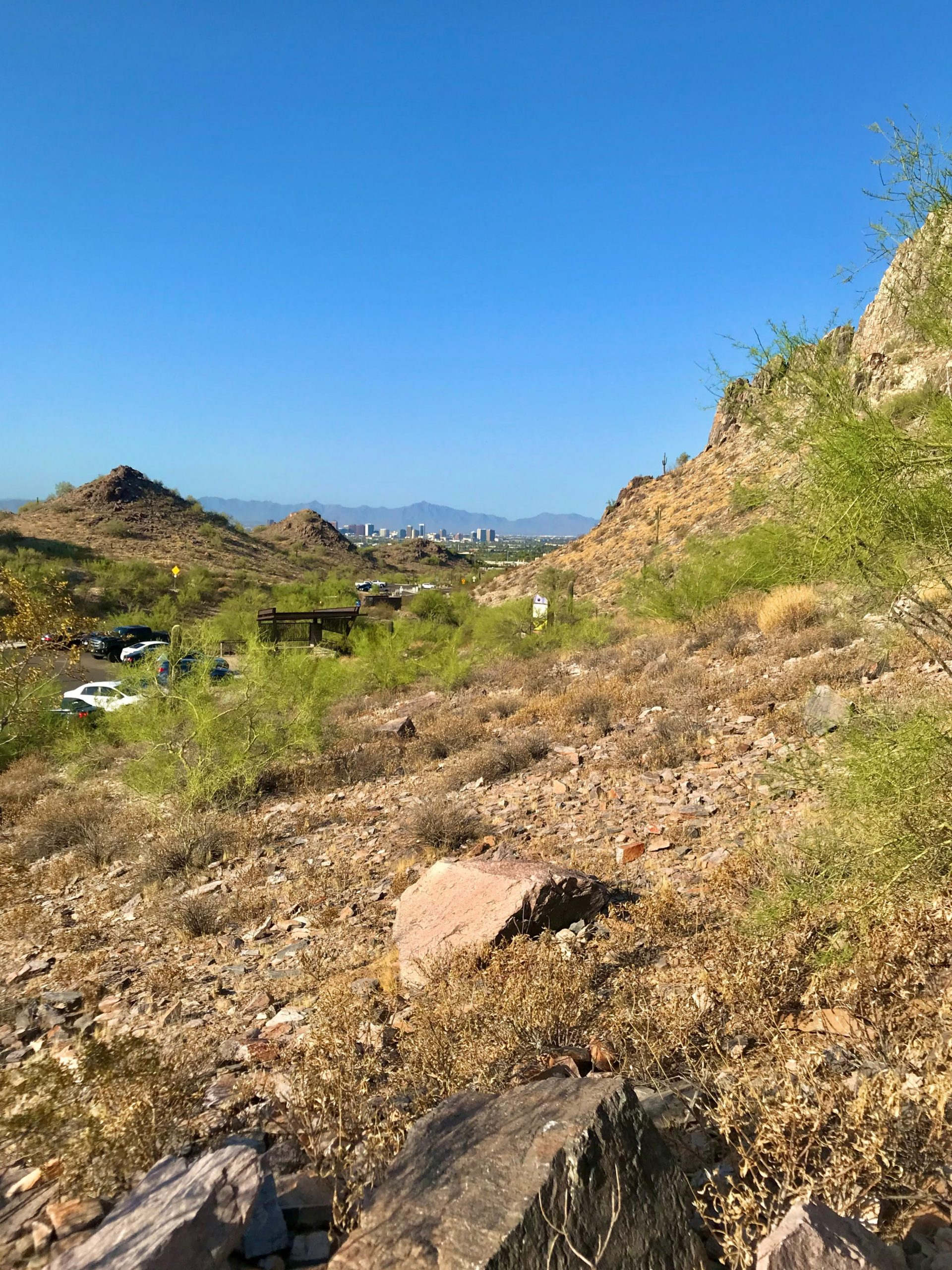 Piestewa vs Camelback? Which should you hike? Piestewa city views 3
