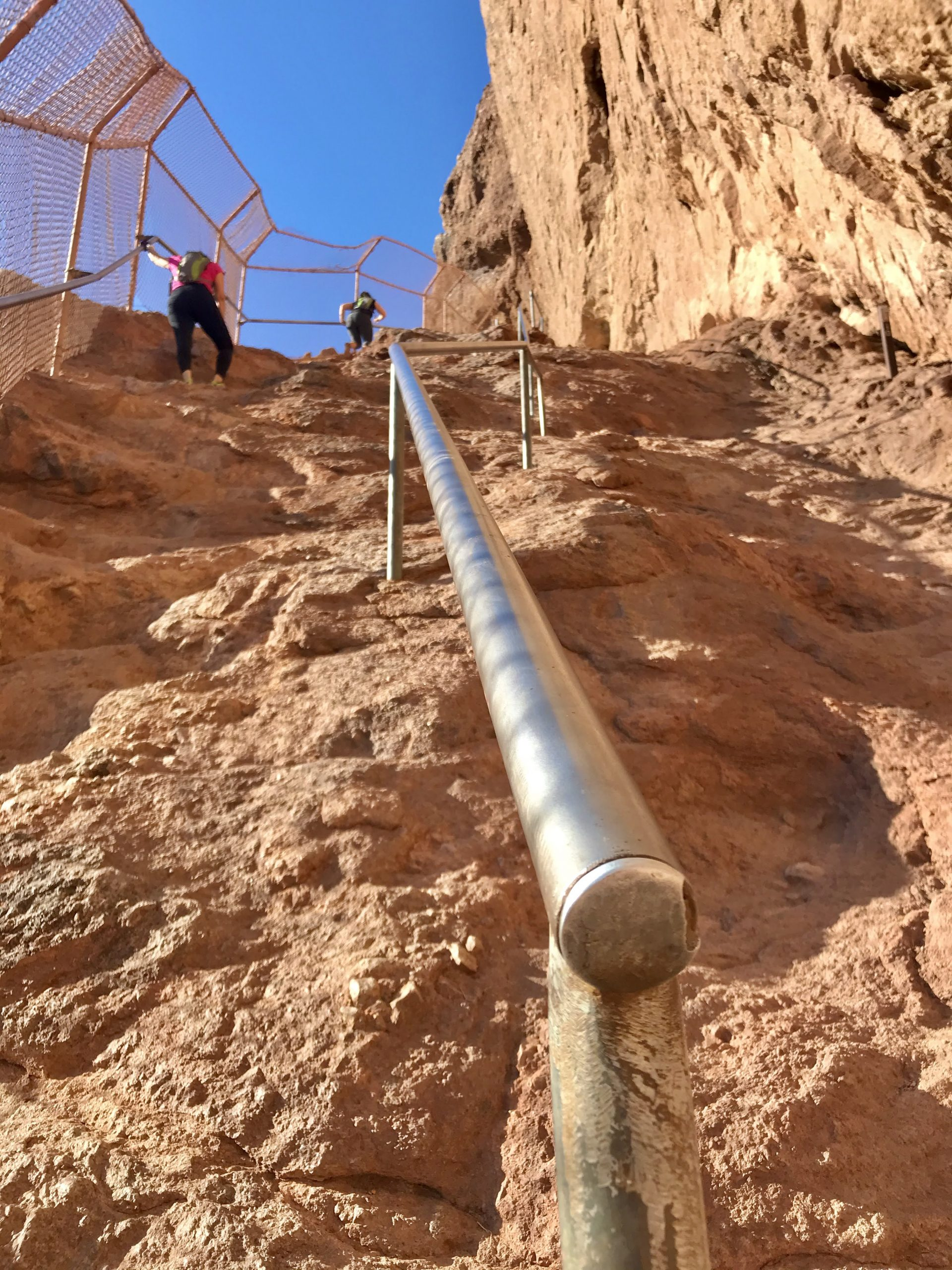 Piestewa vs Camelback? Which should you hike? Camelback railing